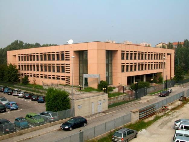La sede in via Don Maraglio della Provincia di Mantova